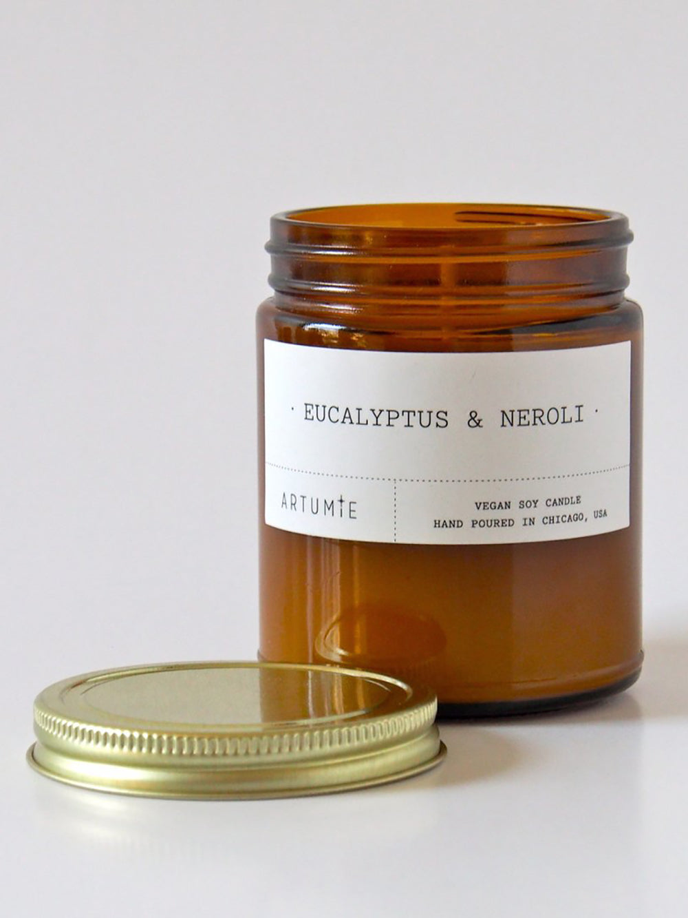 artumie studio eucalyptus and neroli candle