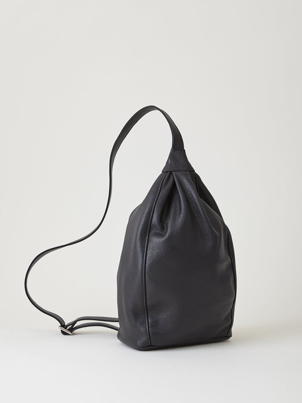 are studio fehn bag in black