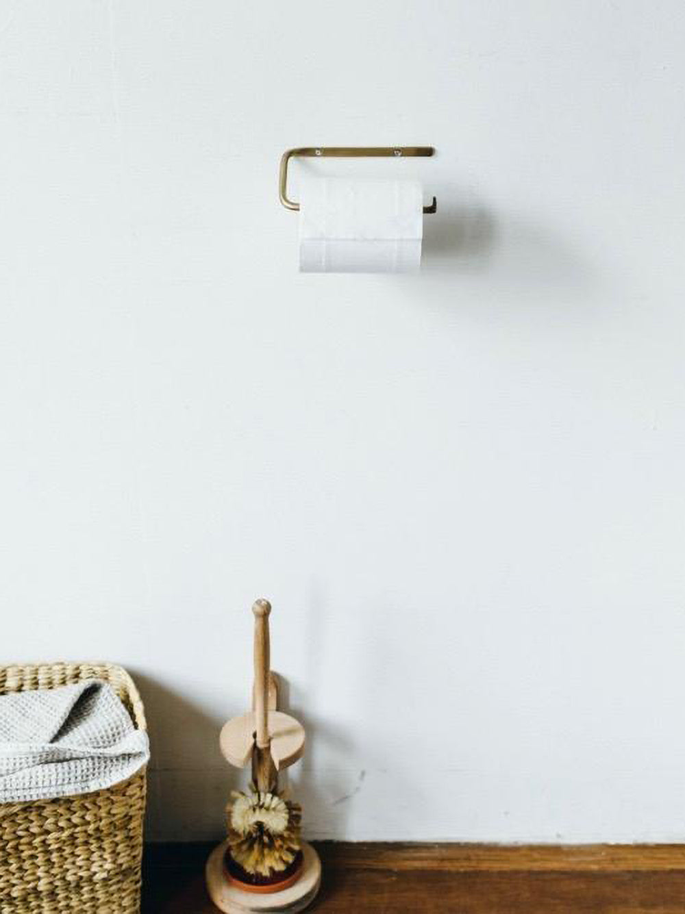 fog linen brass toilet paper holder