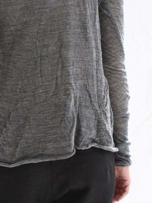 hazel brown wooly t-shirt in grey