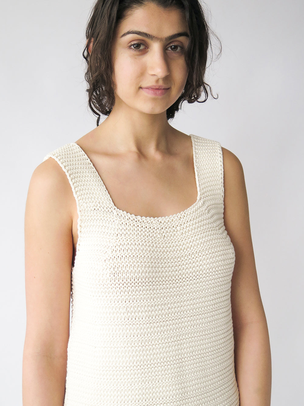 lauren manoogian links tank in raw white