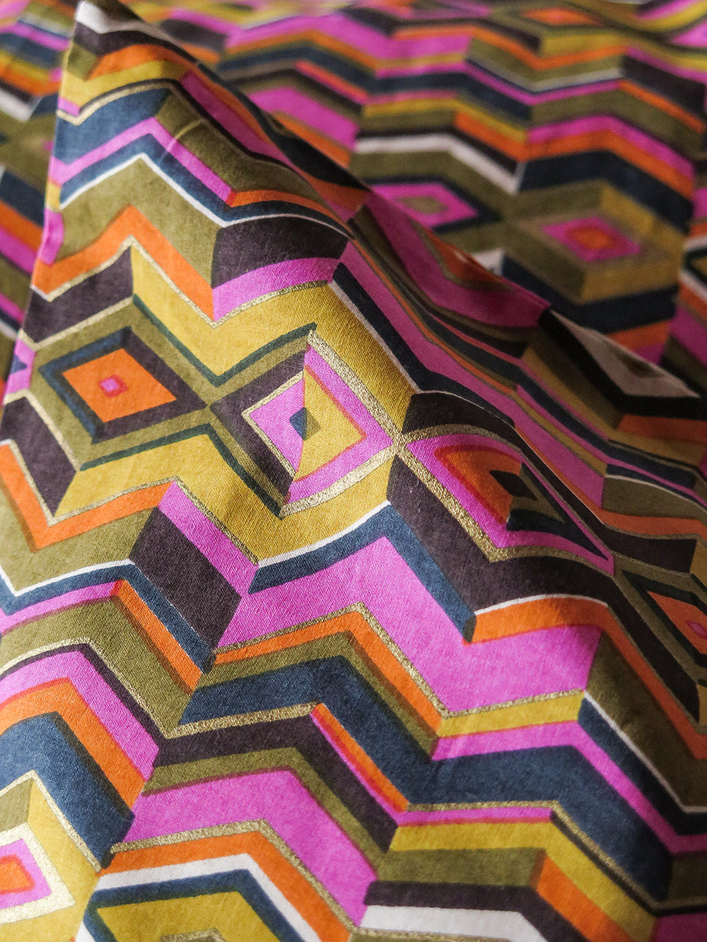 pillowcase pair in echoed zig zag