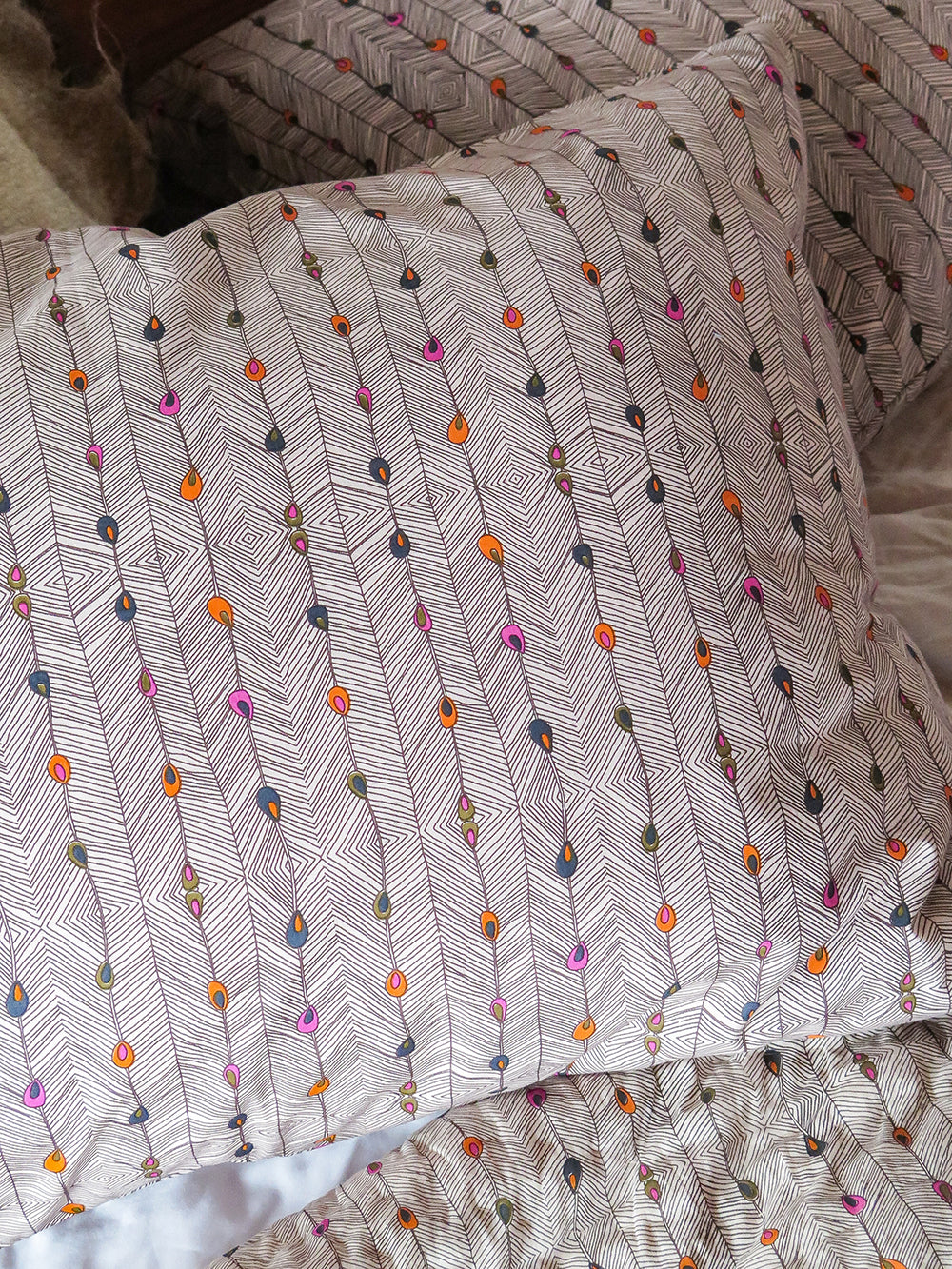 pillowcase pair in peacock stripe