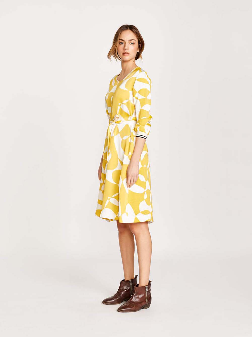 bellerose sao dress in c.1