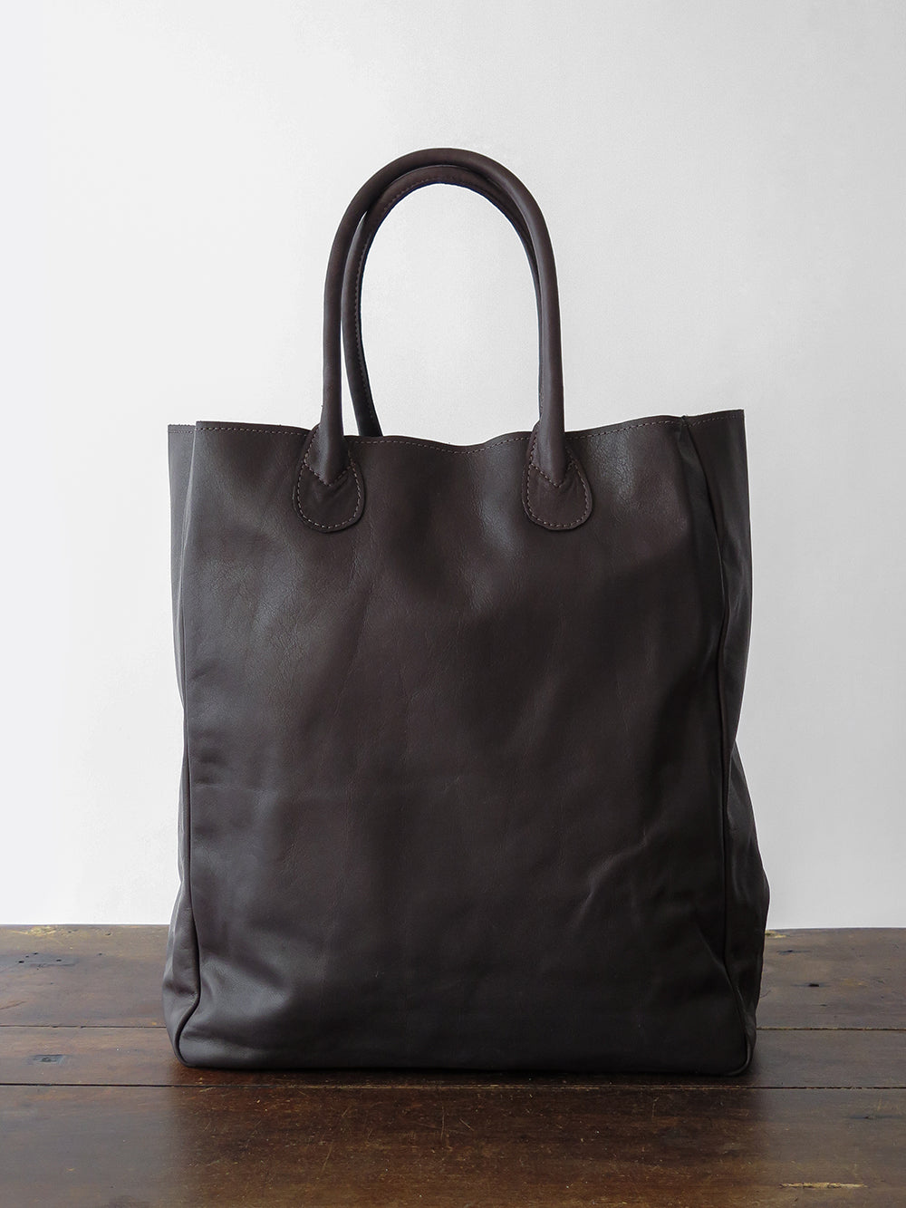 eve tote in chocolate