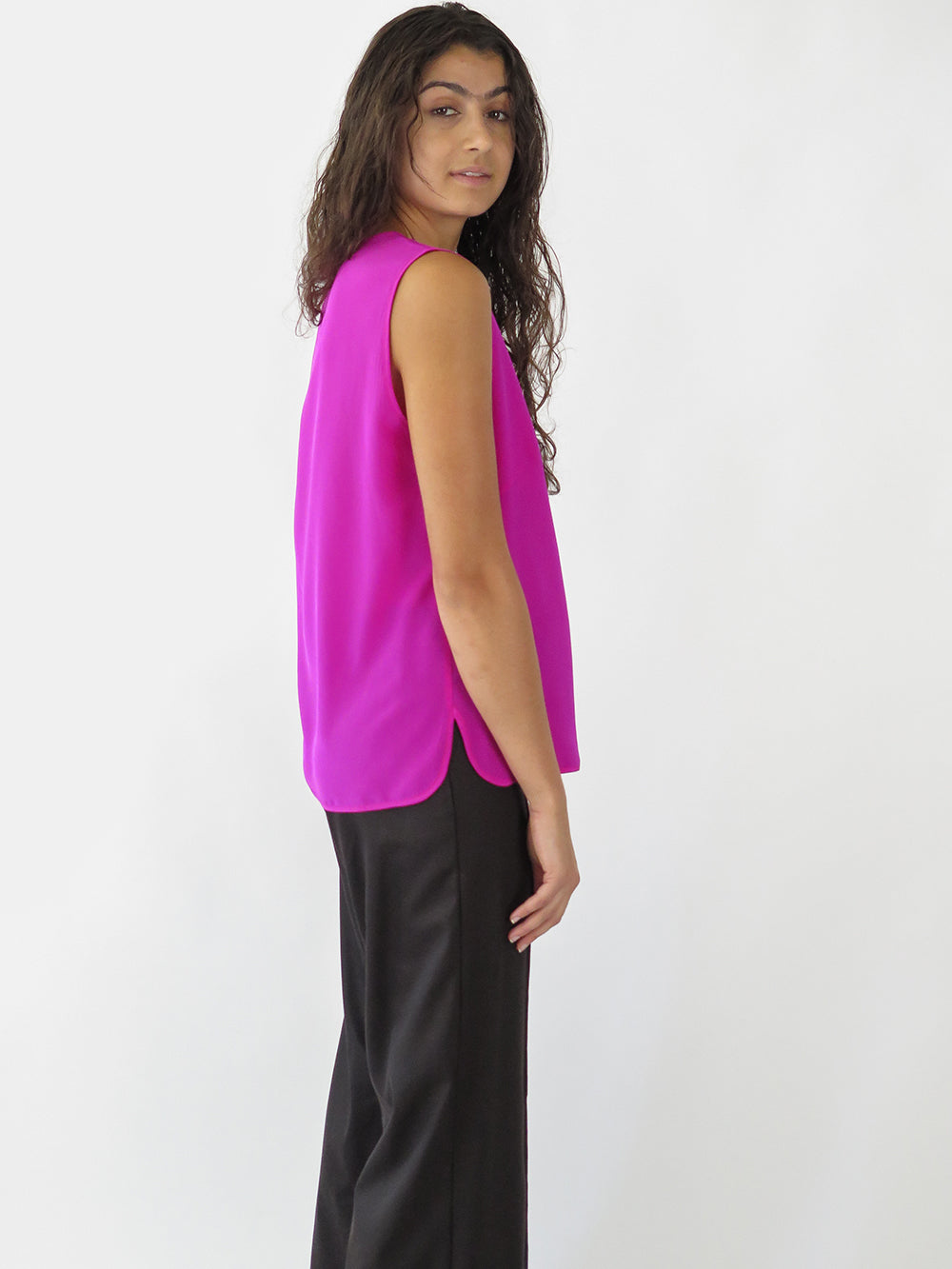 sigrid top in hot pink