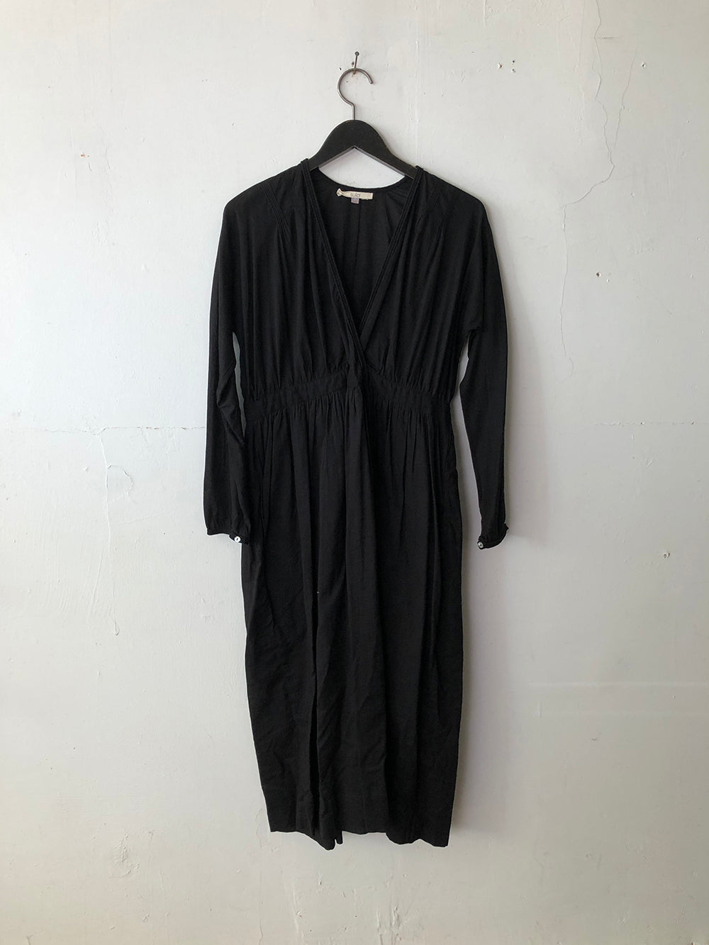 sula soot dress in licorice