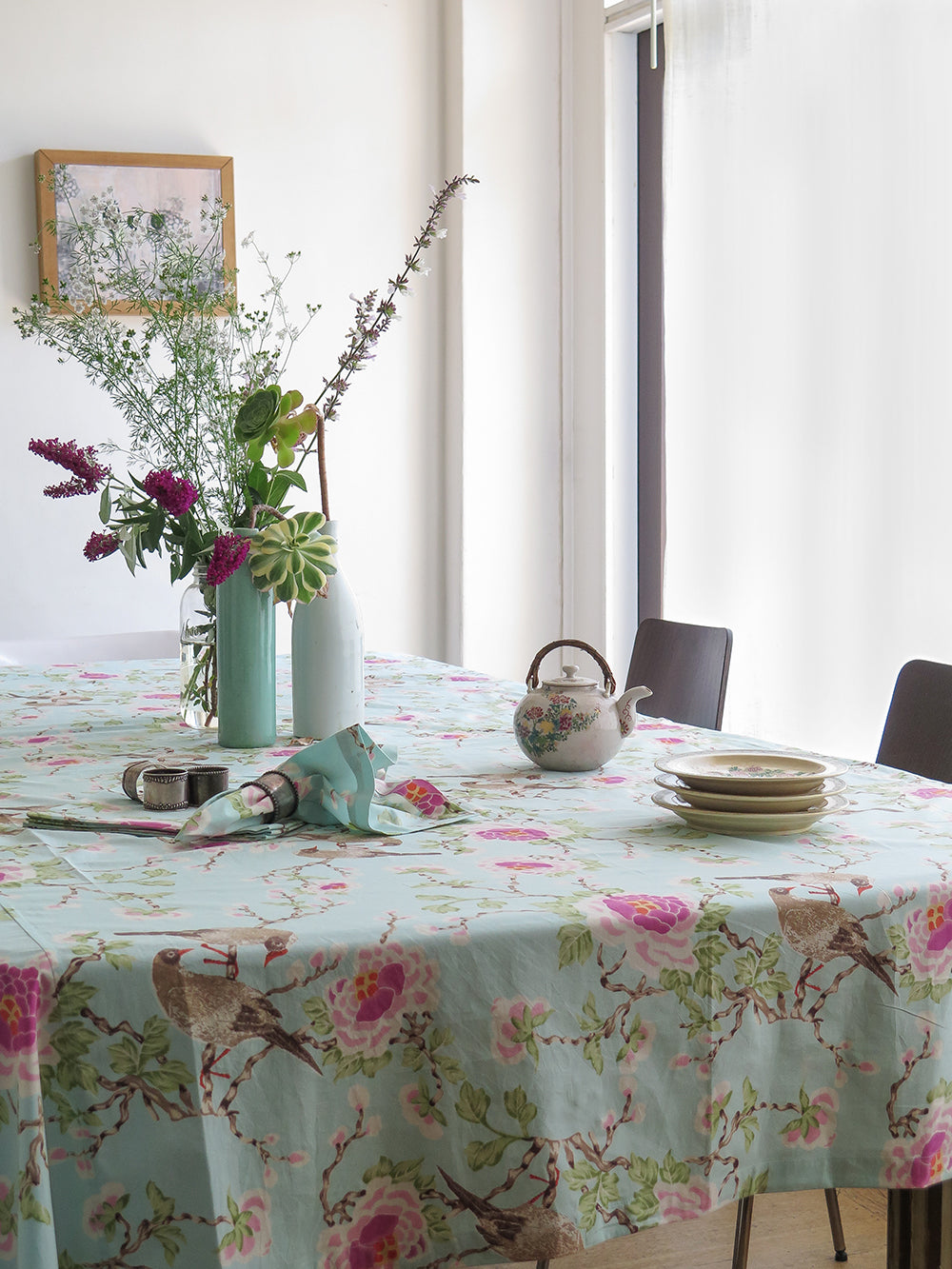 lovebird tablecloth in aqua