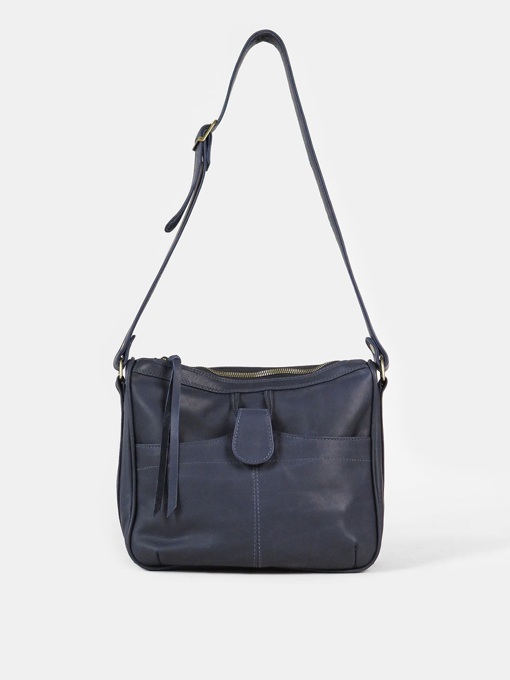 leather shoulder bag in navy