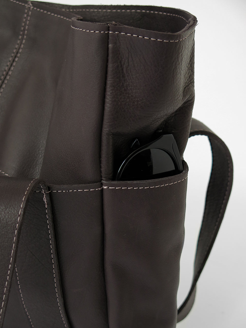 leather utility tote in dark chocolate