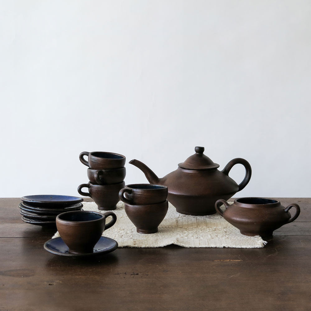 mid-century faux bois tea set