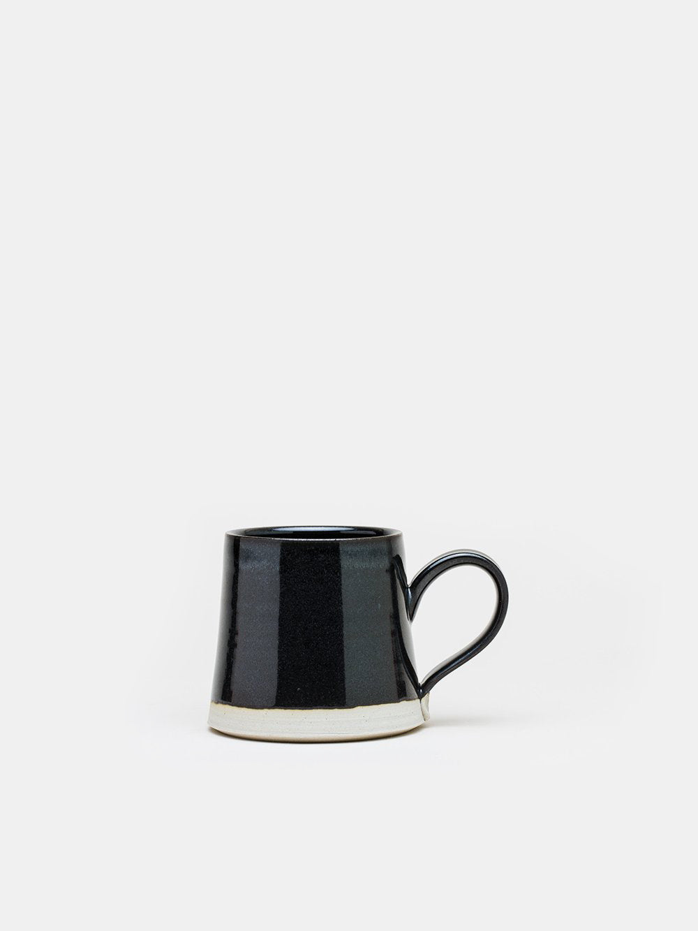 wrf small mug in black