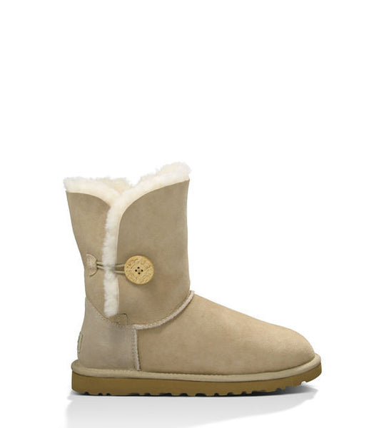 UGG Bailey Button (Sand)