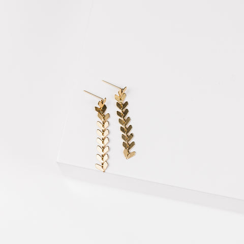 Marian Bold Wire Diamond Ear Cuff