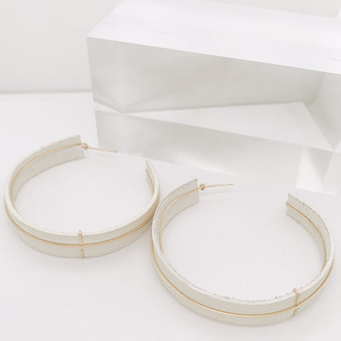Jan 2020 - Becca Medium Hoop