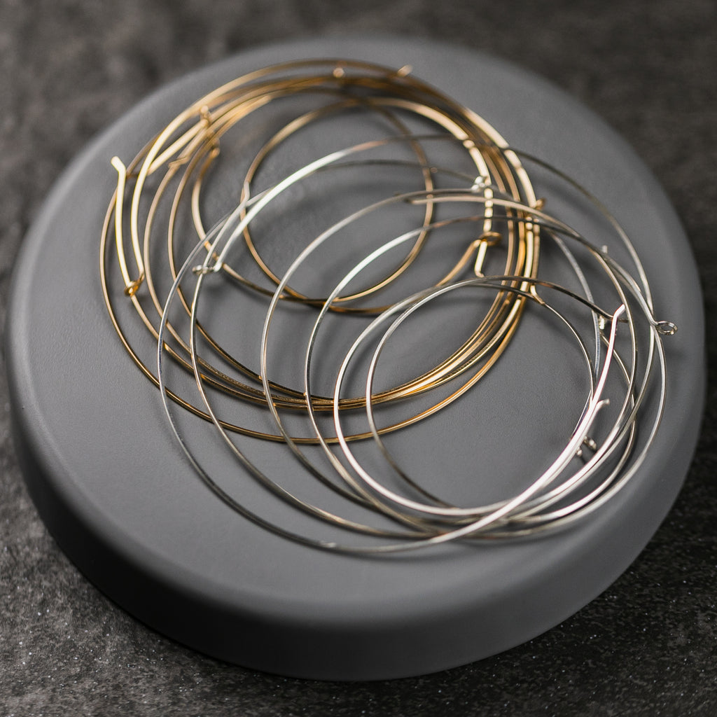 Erika Thin Wire Hoop (In Stock)