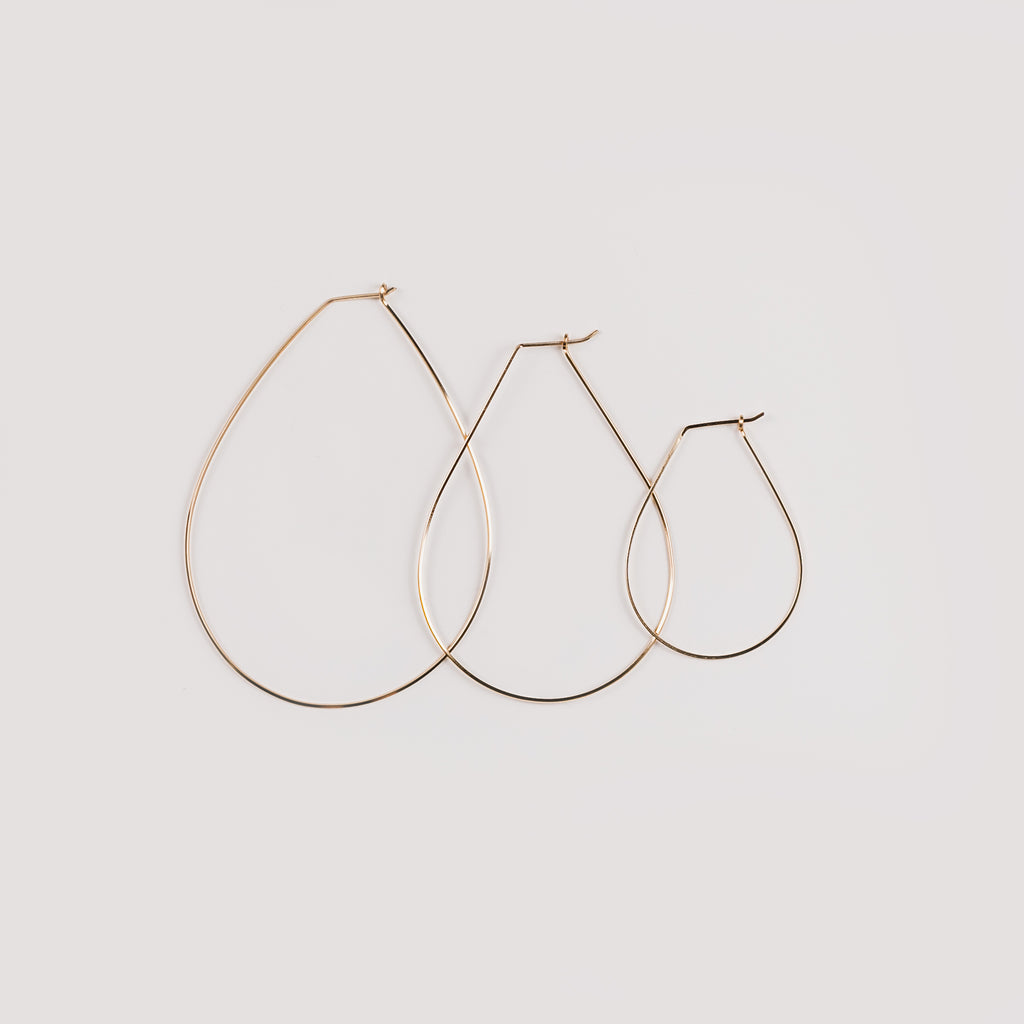 Griffin Teardrop Thin Wire Hoop