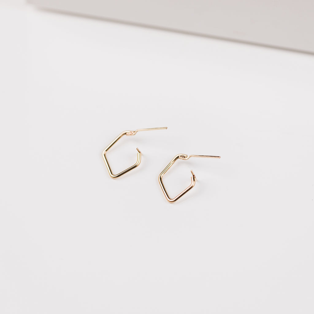Stormie Mini Diamond Bold Wire Hoop