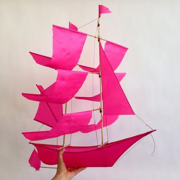 Haptic Lab Kite - Pink Ship
