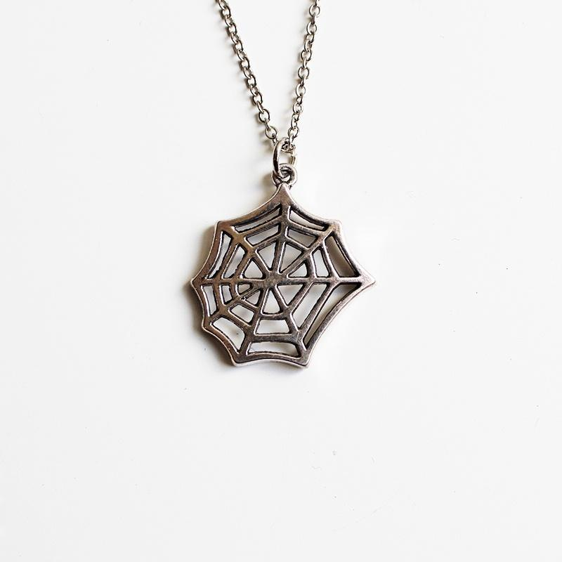 Shorties Bling Necklace - Spider Web