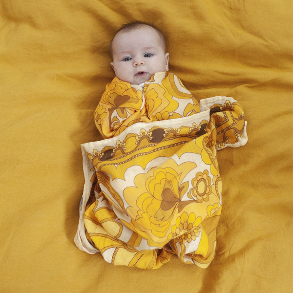 Banabae Bamboo/Org Cotton Swaddle - Golden Child