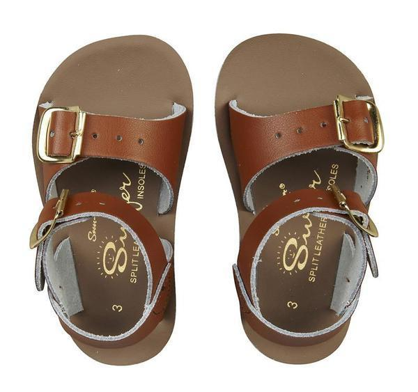 saltwater sandals kids shoes and footwear. boy and girl sun san surfer kids salties salt water saltwater