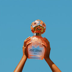 MARC JACOBS Marc Jacobs Daisy Dream Daze Eau de Toilette Spray 50ml - Salon3o, Kooperativa GO-RE z.b.o., Tupaliče 15, 4205 Preddvor,Slovenia,Europe.All rights reserved.