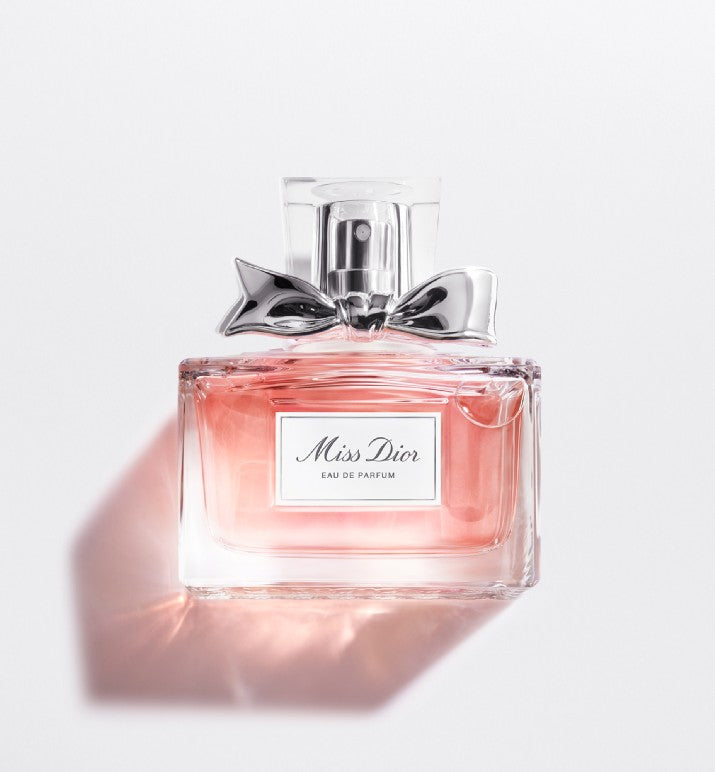 MISS DIOR  Eau de parfum - Salon3o, Kooperativa GO-RE z.b.o., Tupaliče 15, 4205 Preddvor,Slovenia,Europe.All rights reserved.
