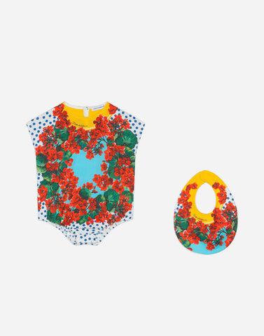 Set with printed onesie and bib