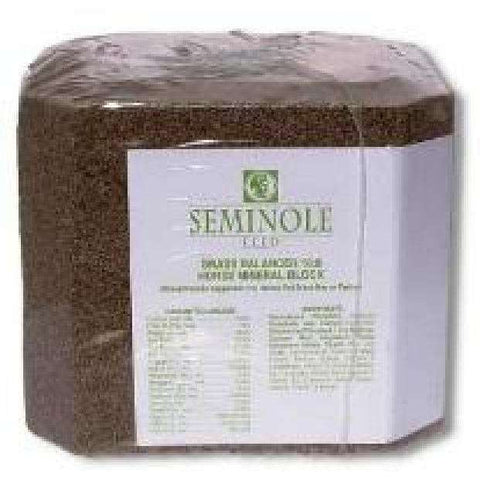 Seminole Grass Balancer 16:8 Mineral Block