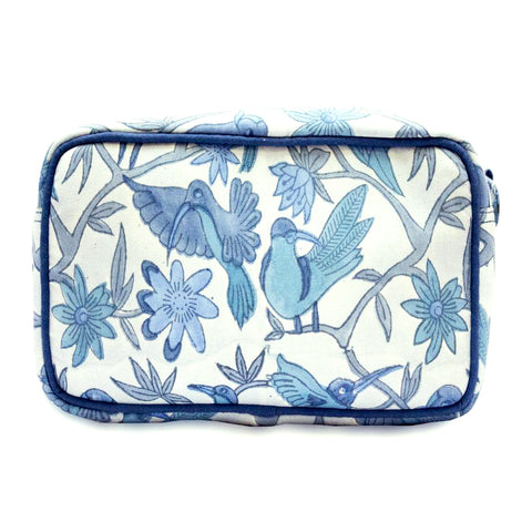 Blue birds wash bag