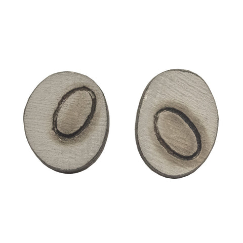 Creel oval studs - light grey
