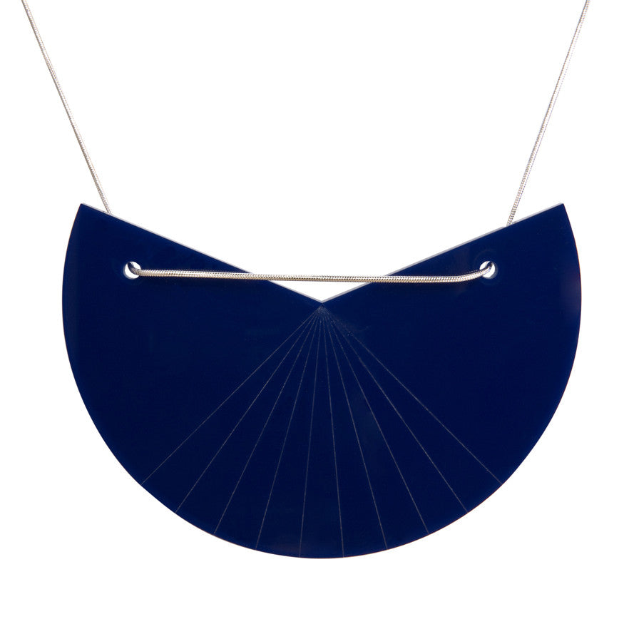 Acrylic segment necklace - navy