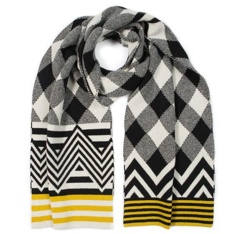 Argyle blanket scarf - black & white