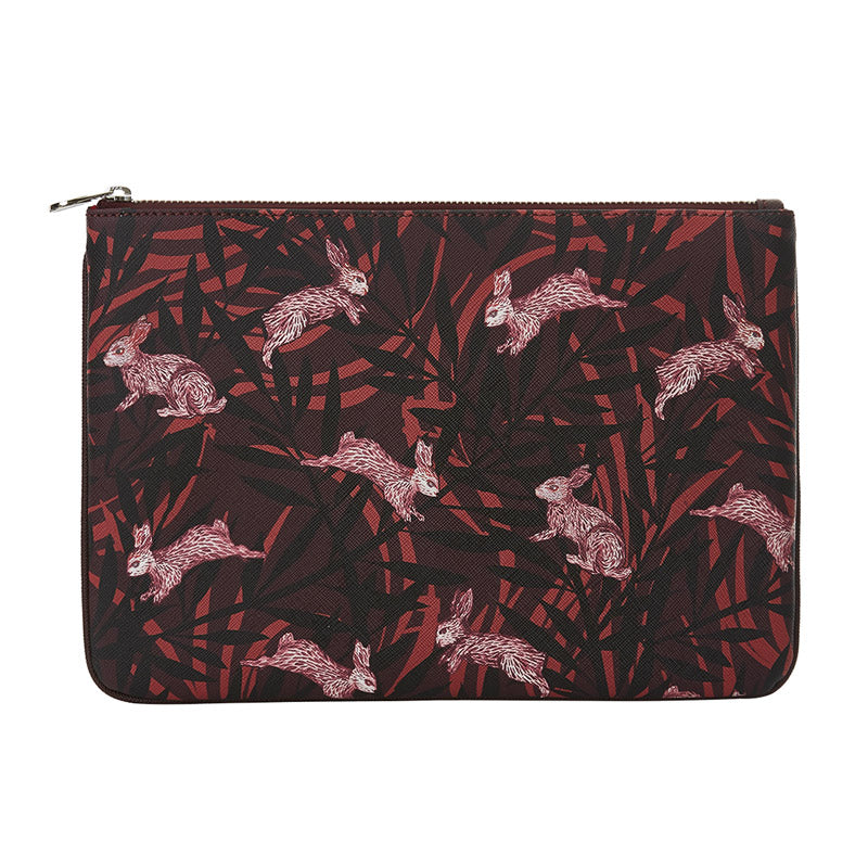 Meri Clutch in Rabbit