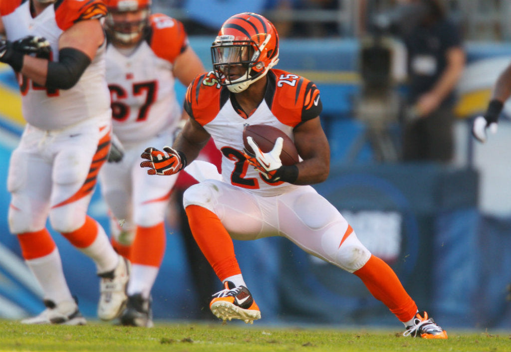 Bengals' Bernard beats blitz to set up big play | Giovani Bernard