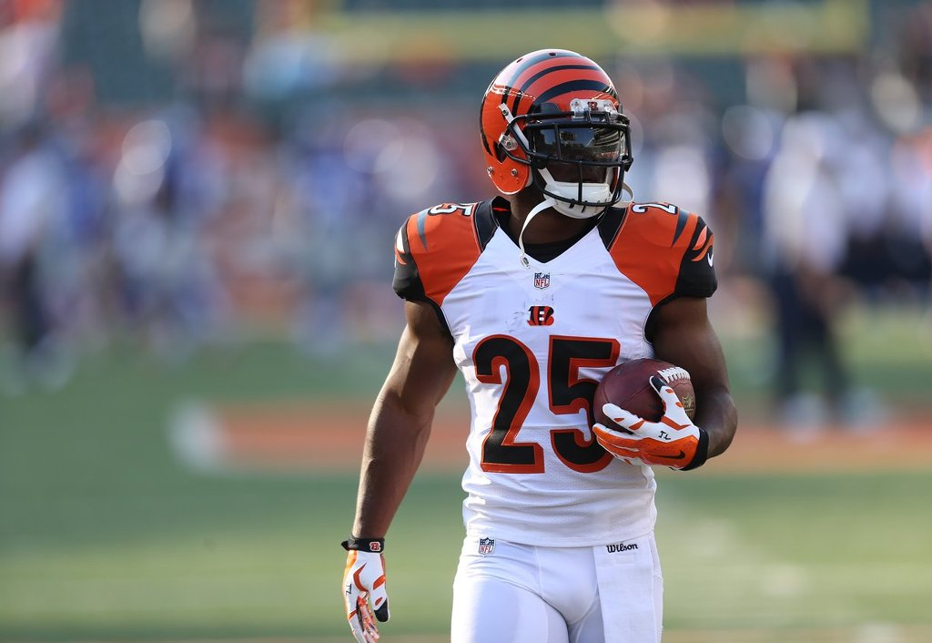 A Steady Dose of Giovani Bernard Could Help the Bengals' Running Game (and Offensive) Woes | Giovani Bernard