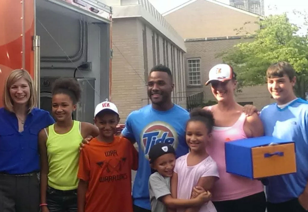Giovani Bernard partners with Tide Loads of Hope to help local family | Giovani Bernard