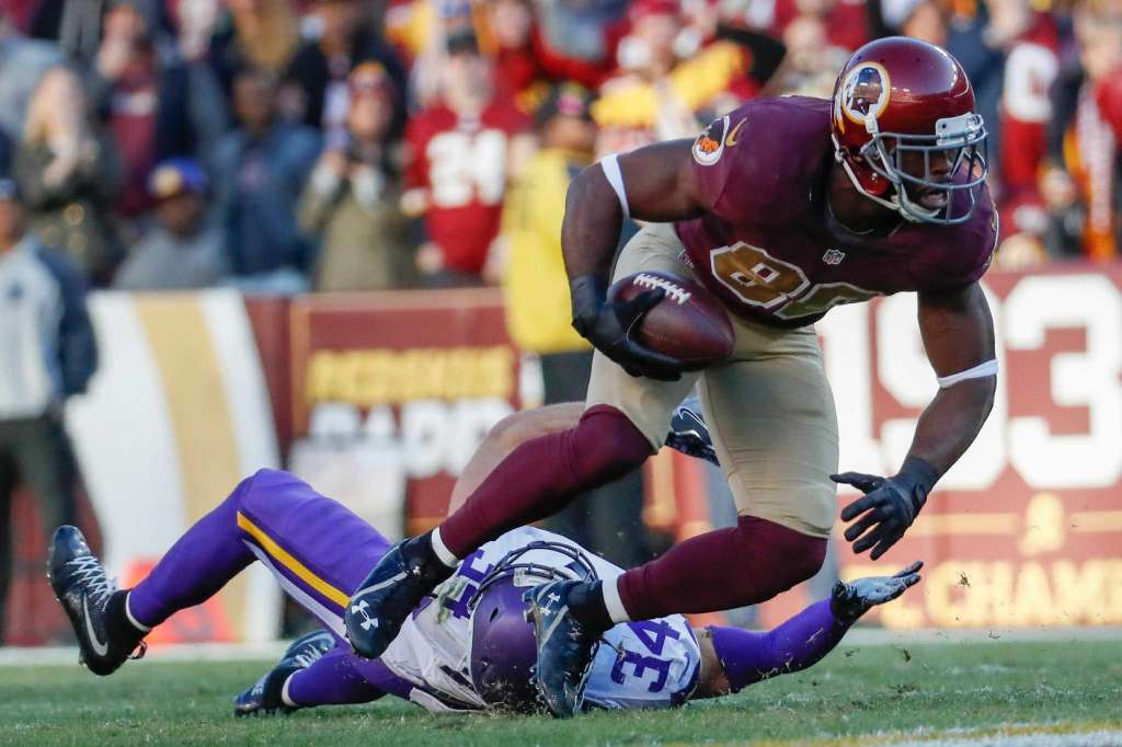 Pierre Garcon: Leading Receiver in Win Over Vikings