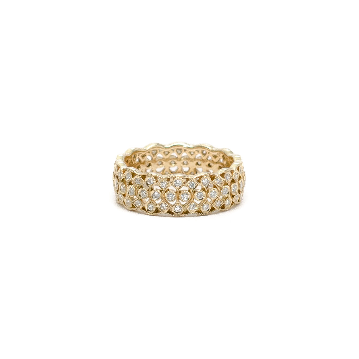 Diamond Pave Band with Scalloped Edge