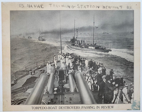 Torpedo boat Destroyers Passing in Review - Poster Museum