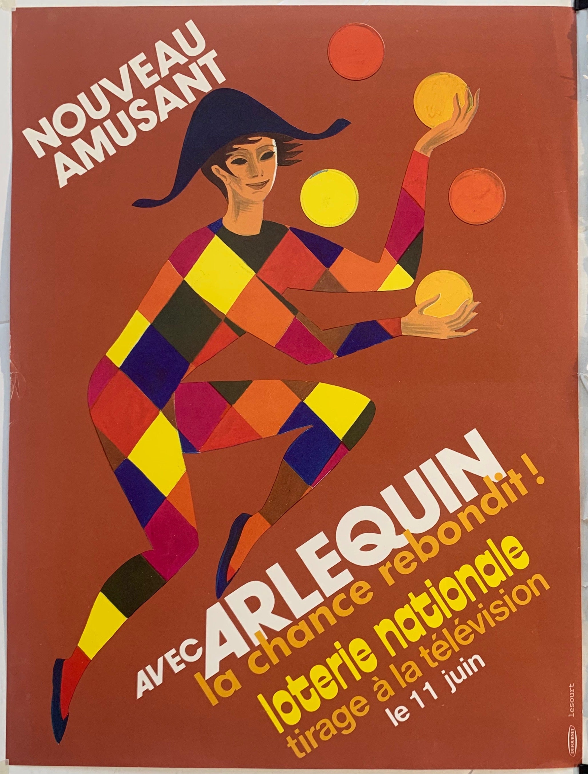 Arlequin Loterie Nationale - Juggling in Orange