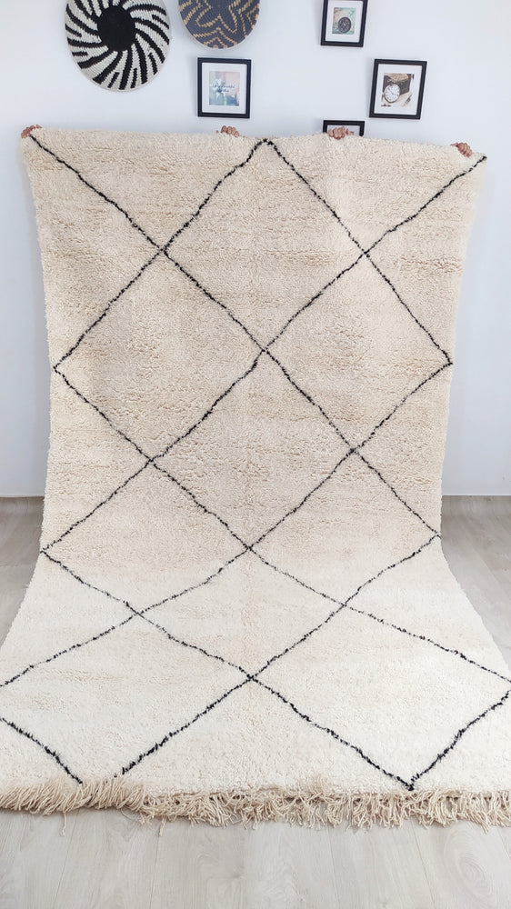 NEW - Beni Ourain Carpet - 350x203cm - 3-Seat Sofa - Natural Wool - YT3