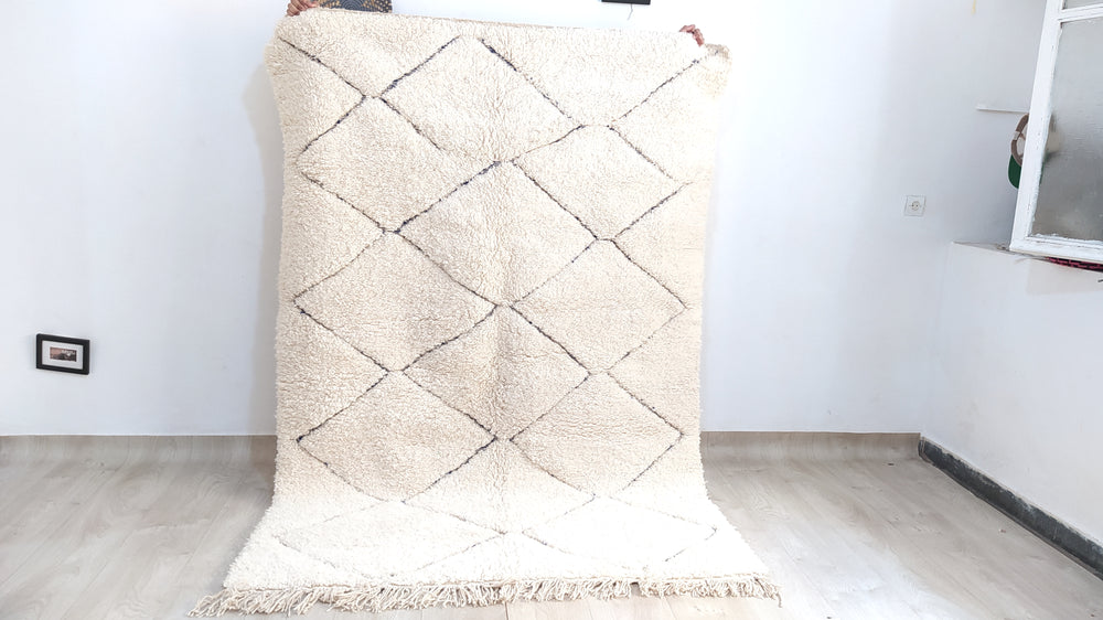 Load image into Gallery viewer, Beni Ourain Carpet - 245x170cm- 3-Seat Sofa - Natural Wool - YT9