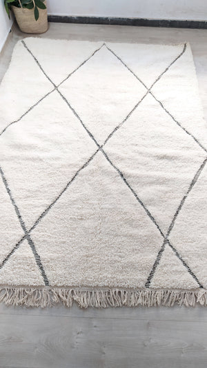 Load image into Gallery viewer, Beni Ourain Carpet - 300x200cm - 3-Seat Sofa - Natural Wool - YOCT38