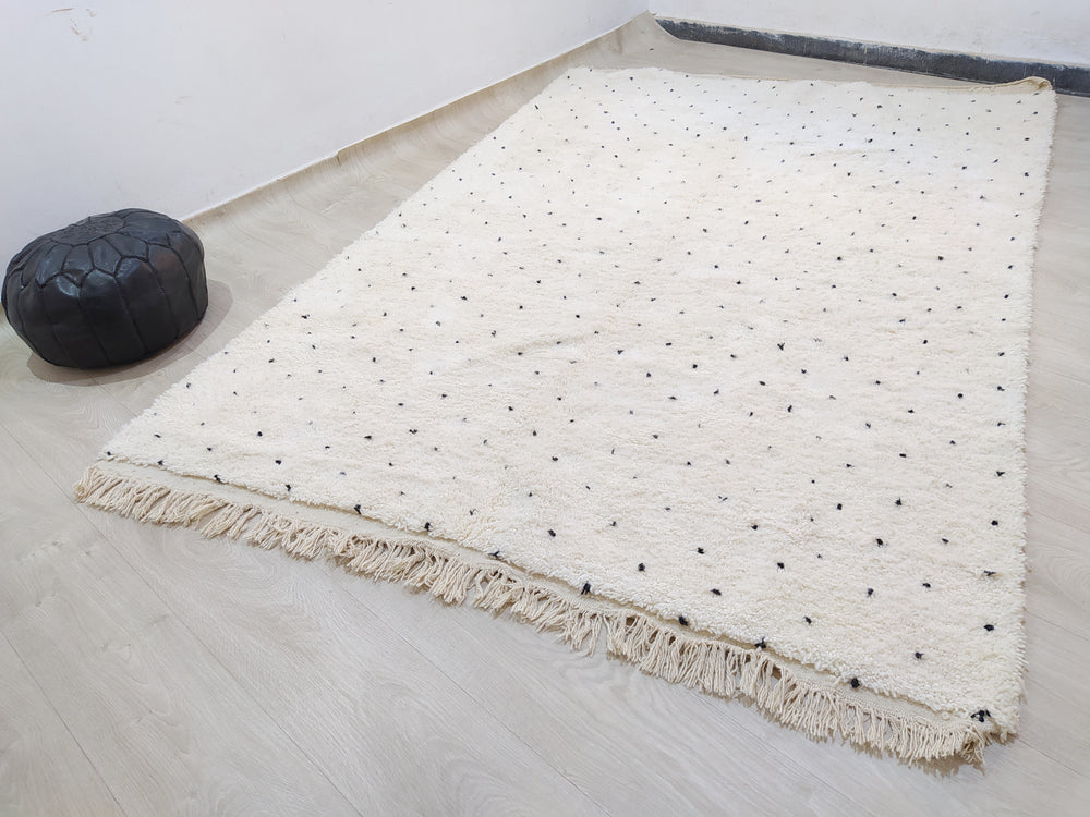 Load image into Gallery viewer, Beni Ourain Carpet -296x202cm - 3-Seat Sofa - Natural Wool - YMARS11-2