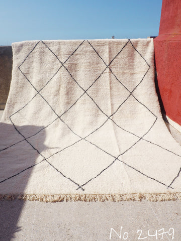 Beni Ourain Carpet - 425x300cm - Large Triangles - Imane - Natural Wool - 2479