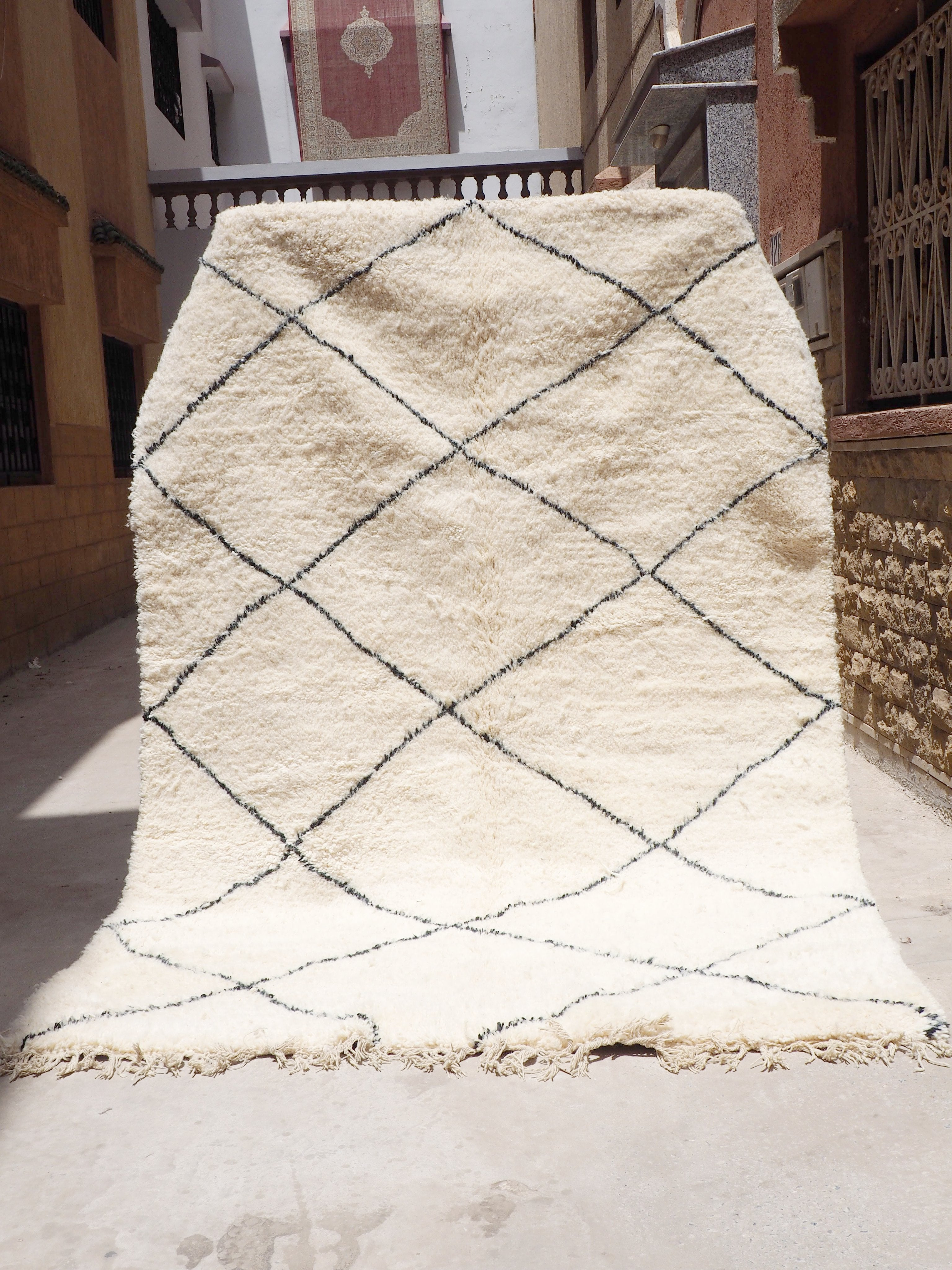 Beni Ourain Carpet - 330x200cm - Diamonds - MAKEEN- Natural Wool - 1423 - Carpets - THE PEOPLE OF SAND