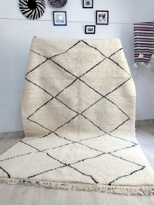 Beni Ourain Carpet - 315x200cm - 3-Seat Sofa - LOM - Natural Wool - MD01