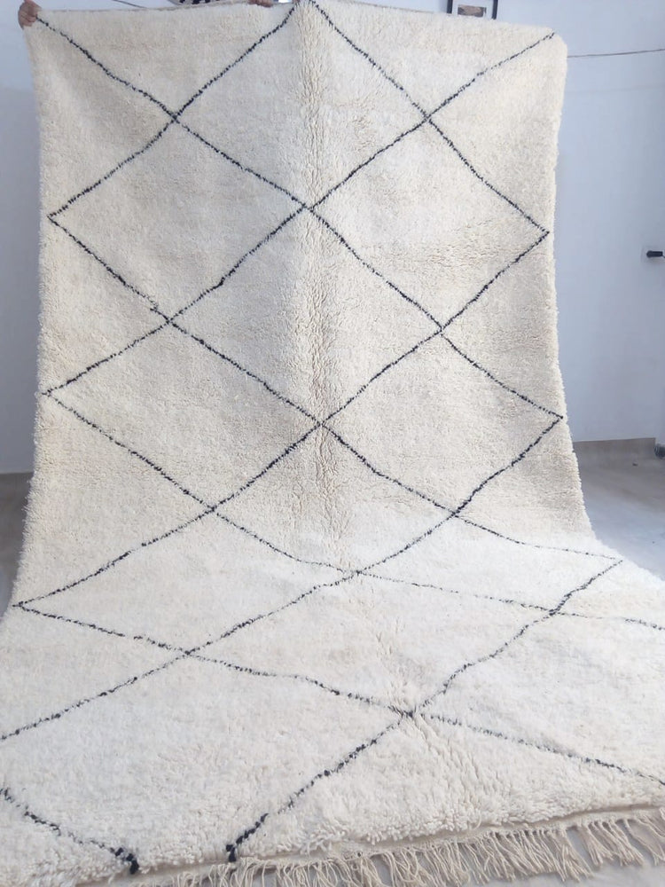 Load image into Gallery viewer, Beni Ourain Carpet - 291x210cm - 3-Seat Sofa - Natural Wool - SHAW12